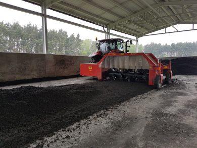 compostagem-1-e1521062820343.jpg