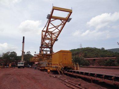 mining-856018_640-e1527109453465.jpg