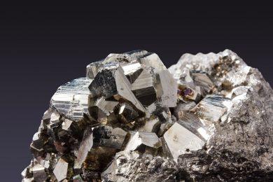 pyrite-345637_640-1-e1525703063625.jpg