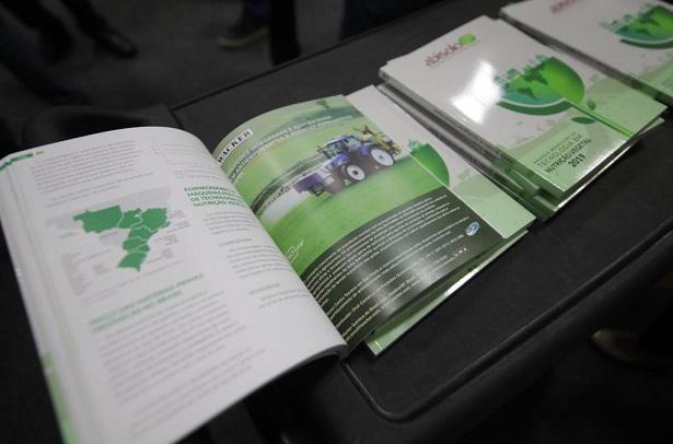 Anuário Brasileiro de Tecnologia em Nutrição Vegetal 2019